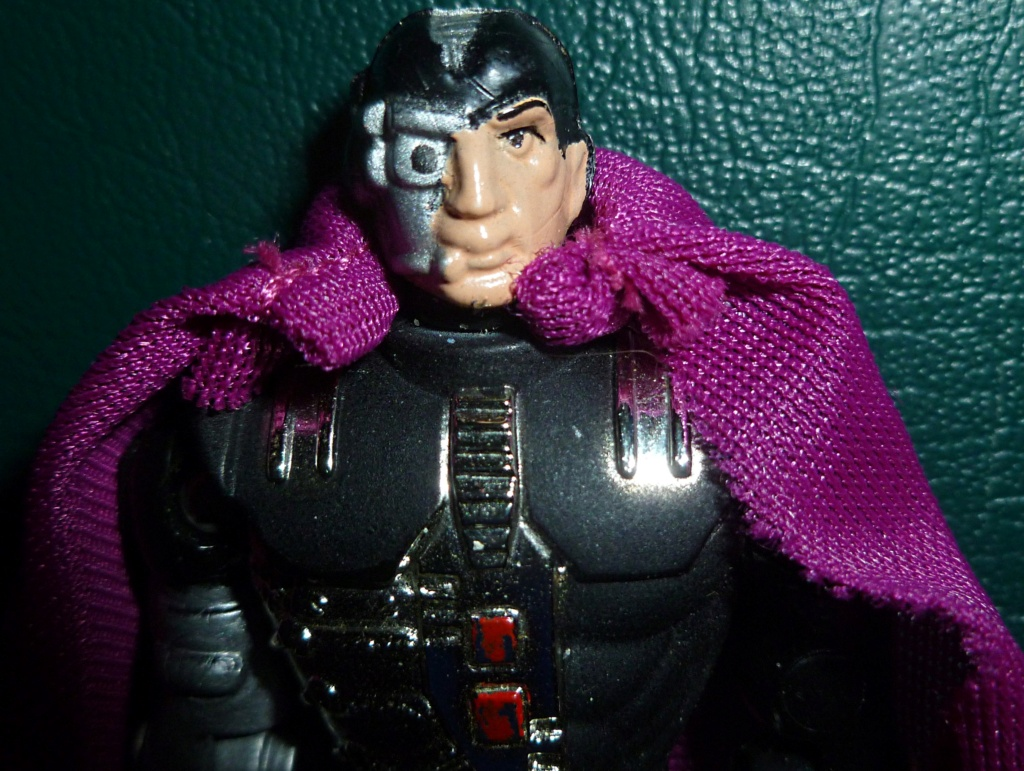 My VINTAGE Action Figure Collection: Gabara, The Mummy's Curse & More! - Page 4 Dr_ter14