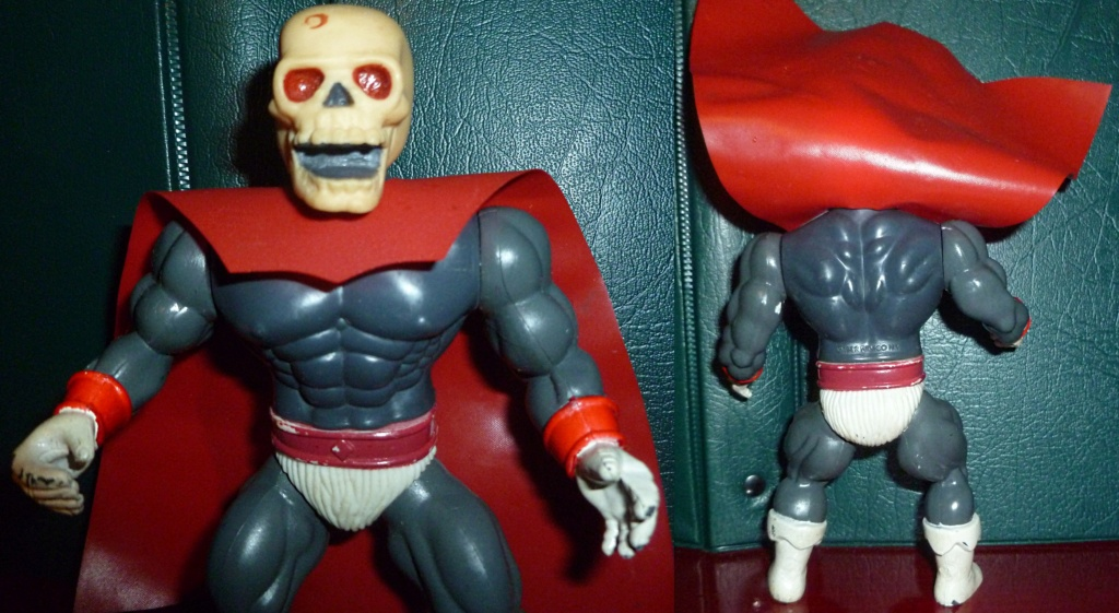 My VINTAGE Action Figure Collection: Gabara, The Mummy's Curse & More! - Page 4 Skullm11
