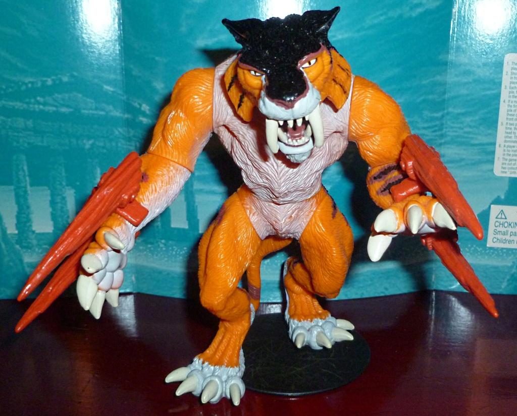 My Video Game Figures & Strategy Guides: Super Godzilla & Predator Games! Slash_11