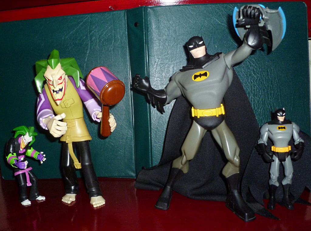 My Miscellaneous Modern Collection: The Batman (My little) Collection! The_ba12