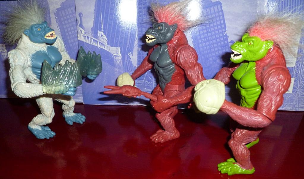 My Video Game Figures & Strategy Guides: Super Godzilla & Predator Games! The_ko10