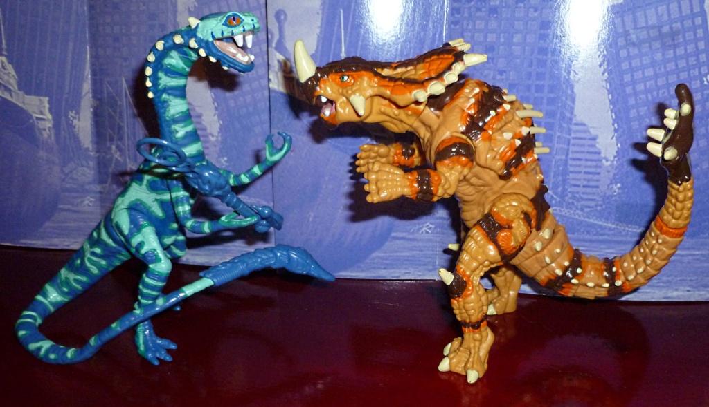 My Video Game Figures & Strategy Guides: Super Godzilla & Predator Games! Vertig14