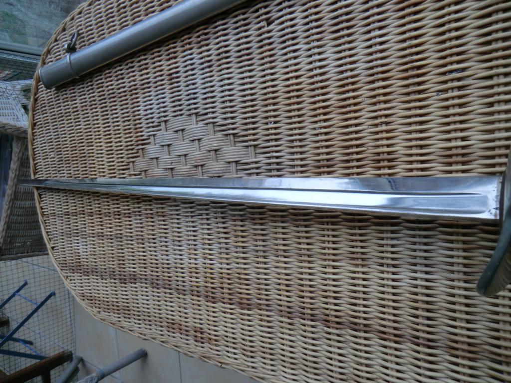 Curieux sabre de cavalerie modèle 1882 Cimg3945
