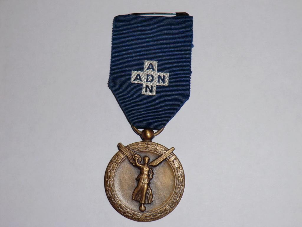 Médaille ADN (Assistante du Devoir National) Cimg4749