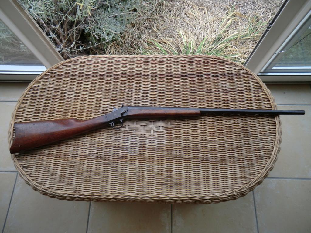 Carabine, affiche, brassard... Cimg6114