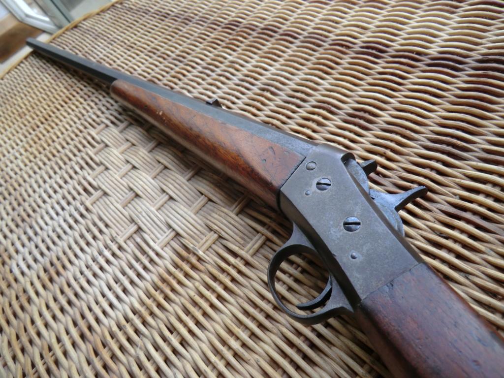 Carabine, affiche, brassard... Cimg6115