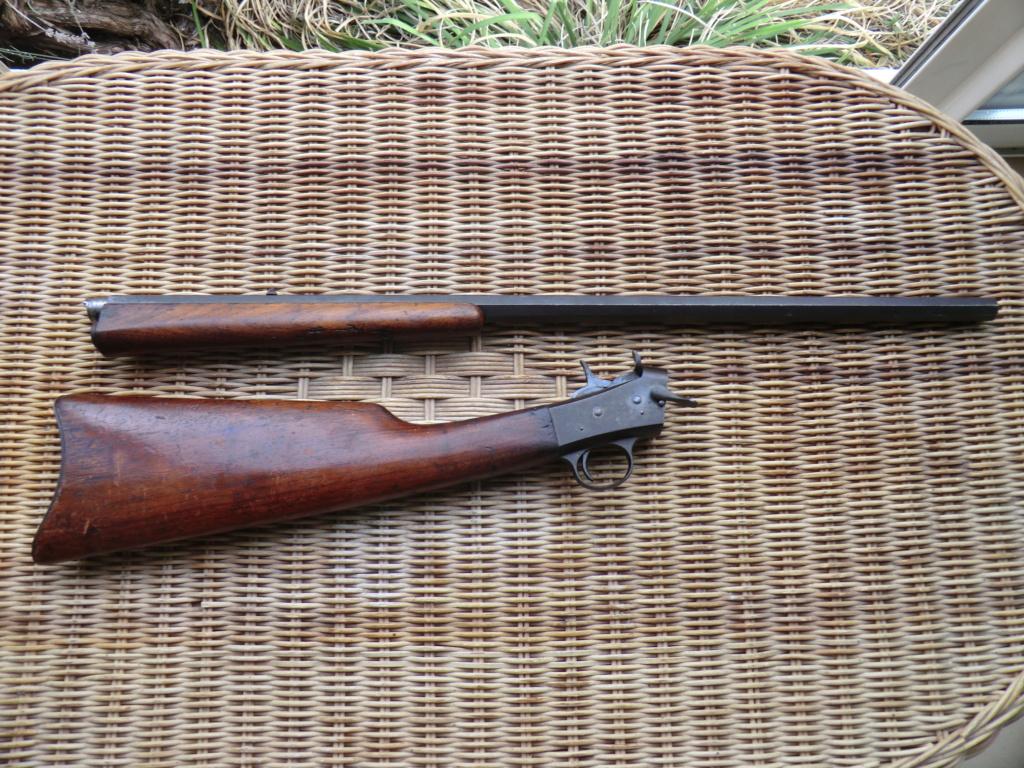 Carabine, affiche, brassard... Cimg6117