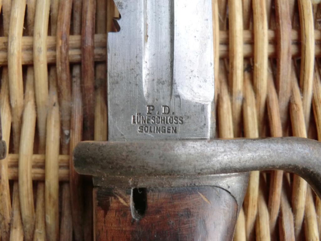 Le Page, baionnette scie et épée Cimg7014