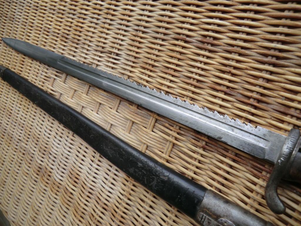 Le Page, baionnette scie et épée Cimg7016