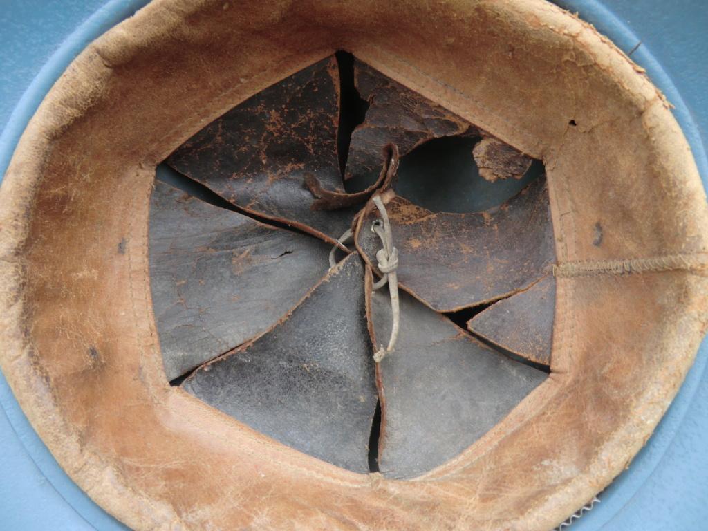 Casque Adrian 1915, coiffe interieure à déterminer Cimg7912