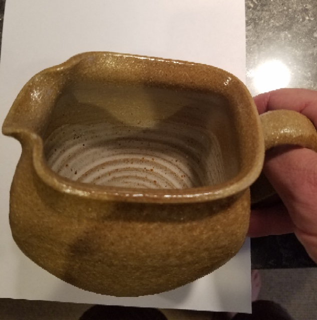 Help identifying this pitcher  (Portuguese?) Fullsi10