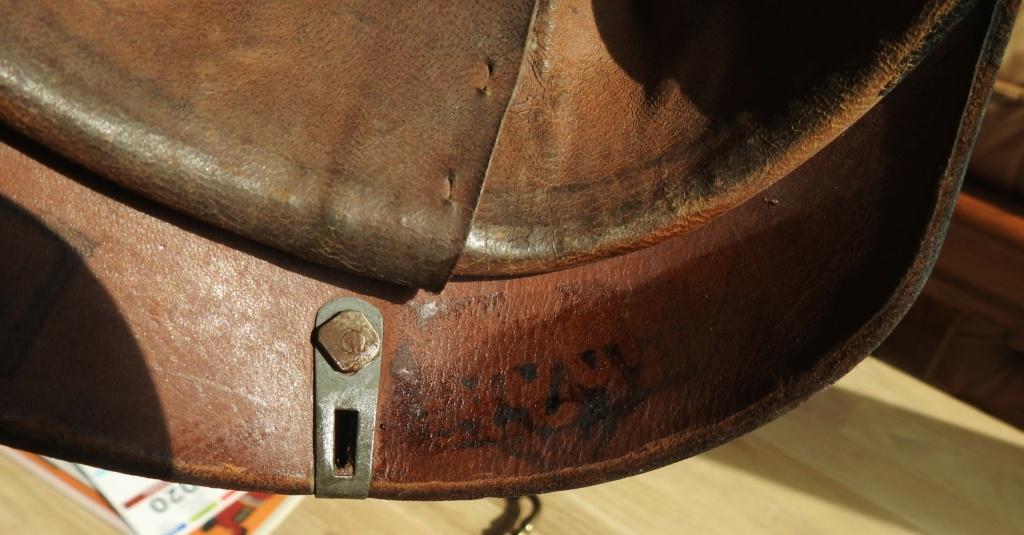 casques prussiens Dscn9615