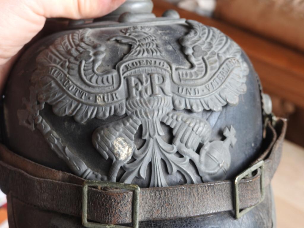 casques prussiens Dscn9617