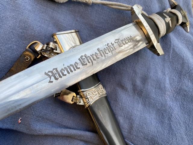 dague ss modéle à chainettes(kettendolch) Image019