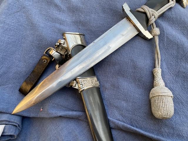 dague ss modéle à chainettes(kettendolch) Image021