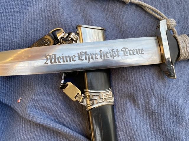 dague ss modéle à chainettes(kettendolch) Image024