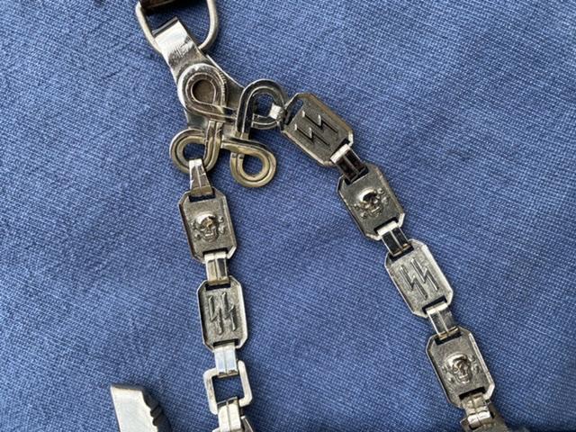dague ss modéle à chainettes(kettendolch) Image030