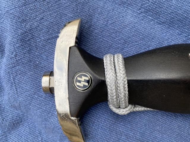 dague ss modéle à chainettes(kettendolch) Image032