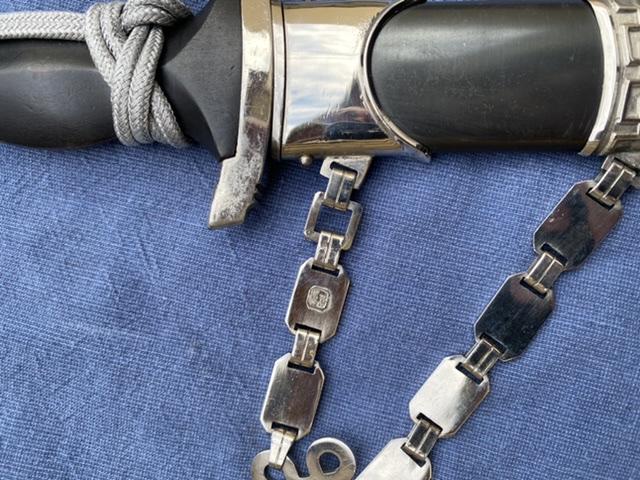 dague ss modéle à chainettes(kettendolch) Image038