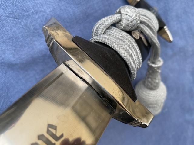 dague ss modéle à chainettes(kettendolch) Image042