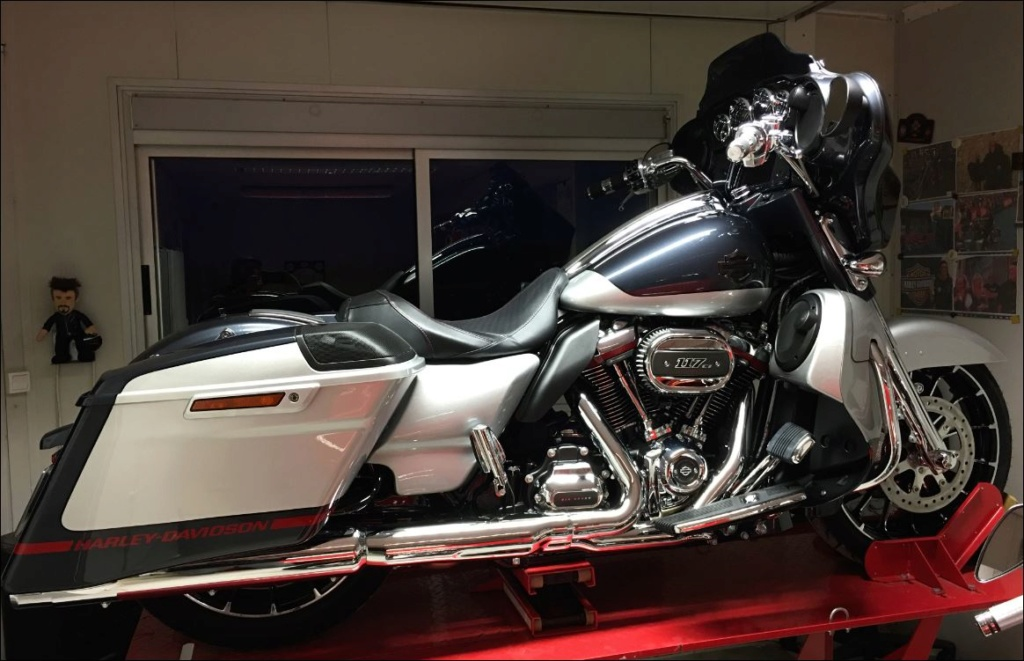 Street Glide CVO combien sommes nous sur Passion-Harley - Page 6 Street20