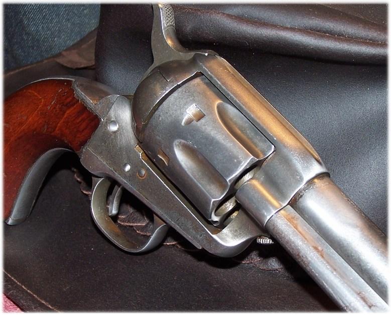 Cowboy action shooting longueur de canon? Uberti16