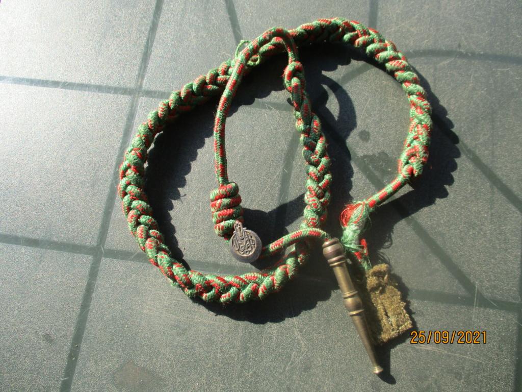 Fourragère croix de guerre 14/18 et insigne 1er RTA Rta10