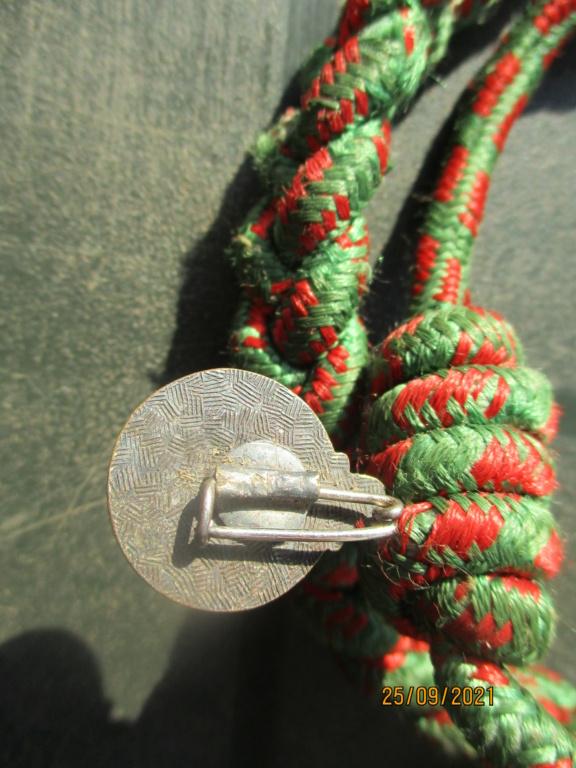Fourragère croix de guerre 14/18 et insigne 1er RTA Rta210