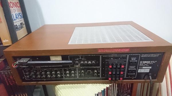 Vintage Yamaha Receiver CR1020 + FREE Sansui DD Turntable Dsc_0112