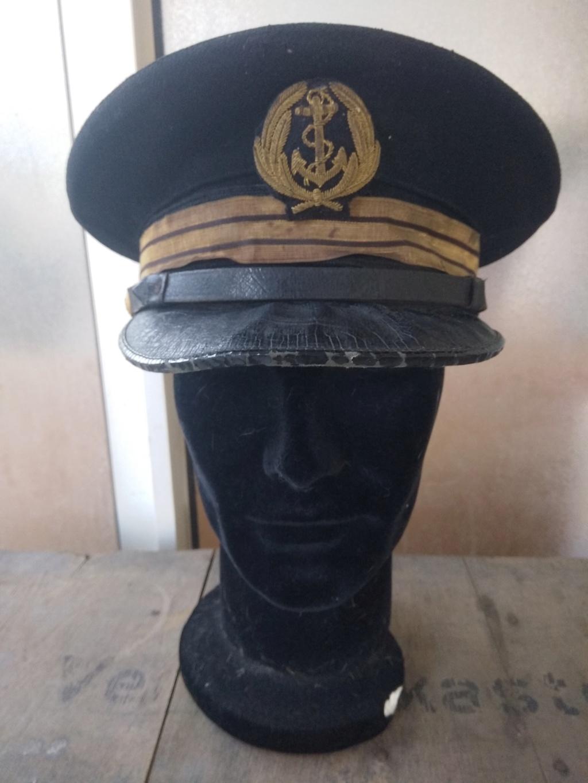 Une casquette de la Marine Nationale fabrication locale ? époque ? Img_2051