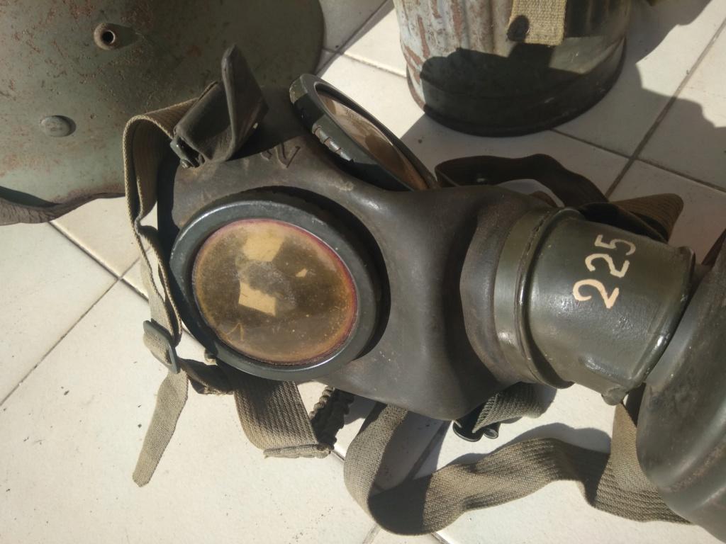 Masque à gaz de grenier KM ? Img_2088