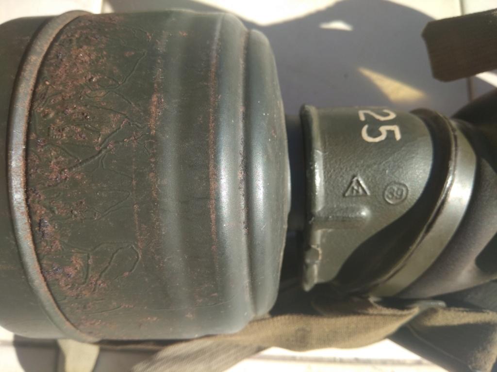 Masque à gaz de grenier KM ? Img_2093