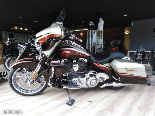 Street Glide CVO combien sommes nous sur Passion-Harley - Page 8 B9803c10