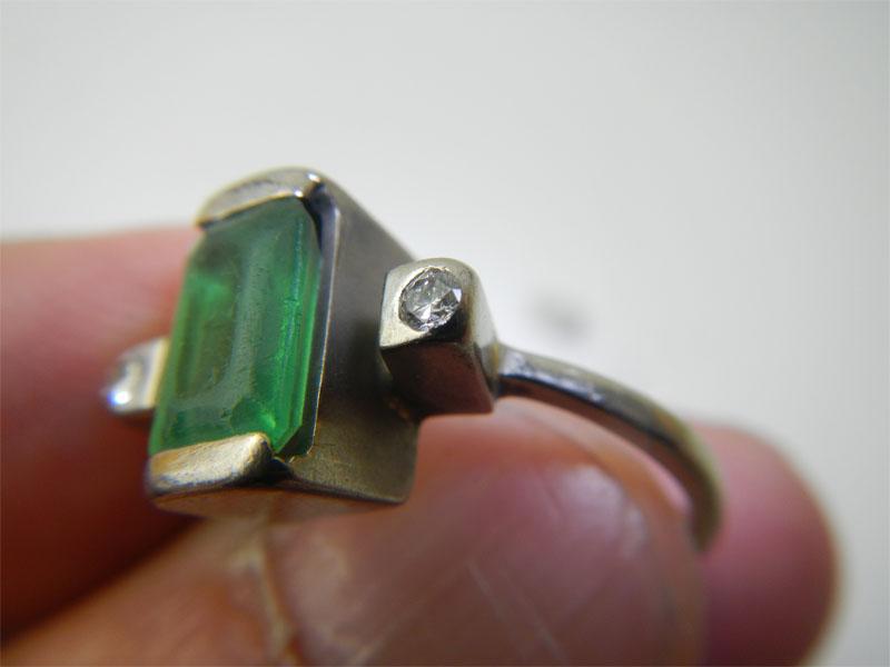 refaire une griffe sur une bague or gris + diamants Emerau12