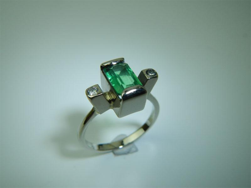 refaire une griffe sur une bague or gris + diamants Emerau15