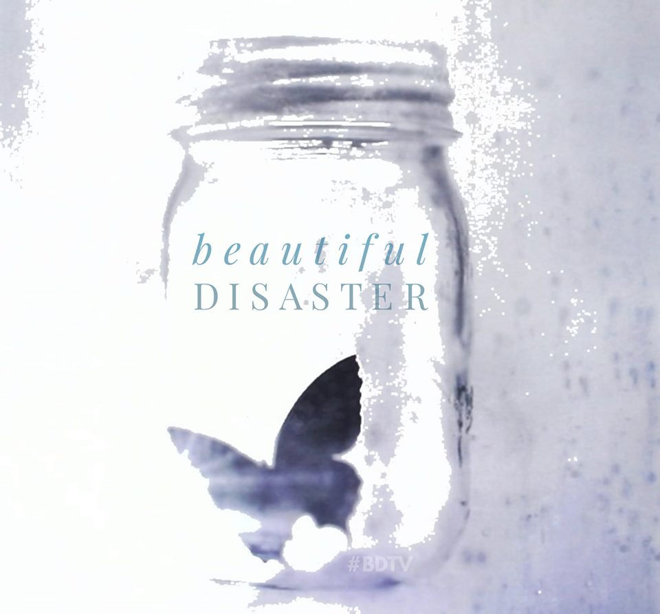 (New Adult) Beautiful Disaster de Jamie McGuire  - Page 4 70659810