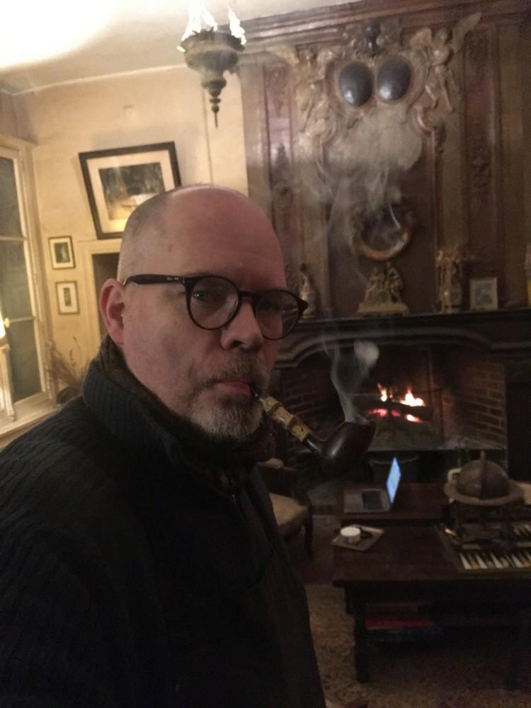 Le 8 novembre, Geoffrey, alors je me rechauffe avec une pipe  2019_010
