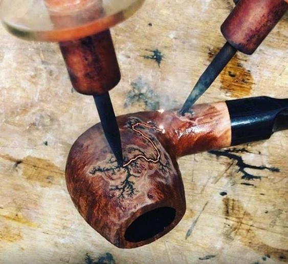 Rusticage avec 12000 volts : Morgan Pipes Morgan10