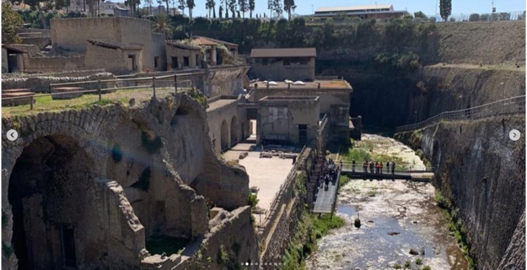 Herculanum, la cité jumelle de Pompéi ensevelie par l'éruption du Vésuve… et presque intacte Screen16
