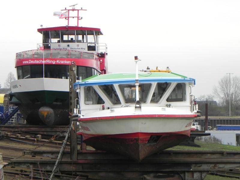 Schiffe auf der Elbe - Seite 2 Comp_d29