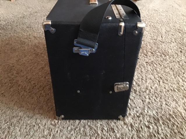 SOLD—4 Gun Box—Good Condition—$175 plus shipping Dcd70a10