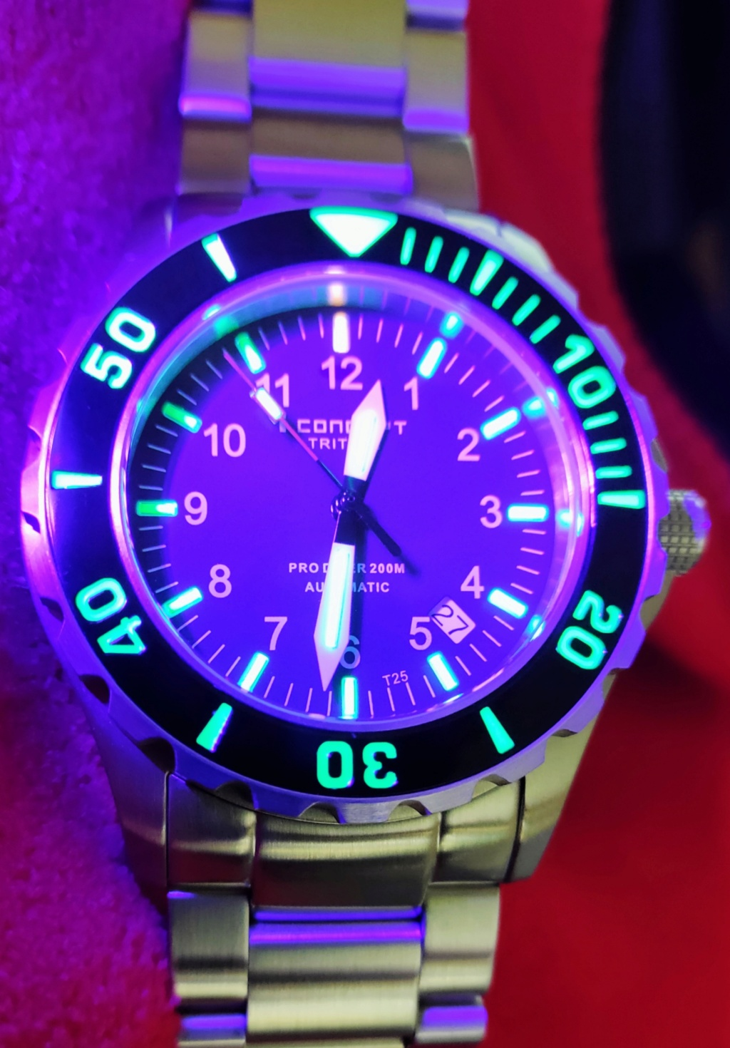 I.Concept Tritium Dive watch Img_2151