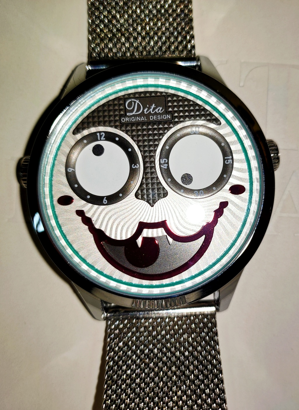 DITA, all eyes on the time Img_2165