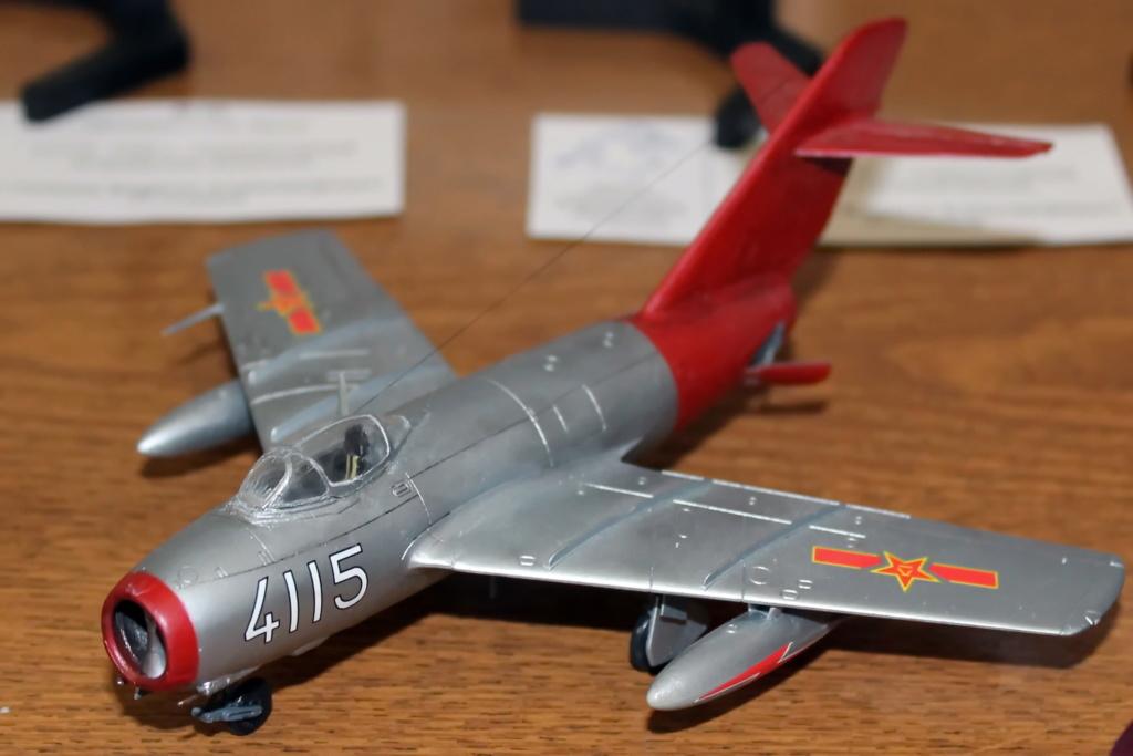 Обзор истребитель МиГ-15, 1-72, (Звезда 7317) Img_2810