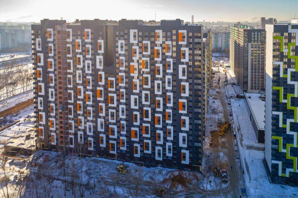 """На ЖК """"Летний сад"""" - начался монтаж фасадных конструкций корпусов второй очереди строительства - Страница 3 510"""