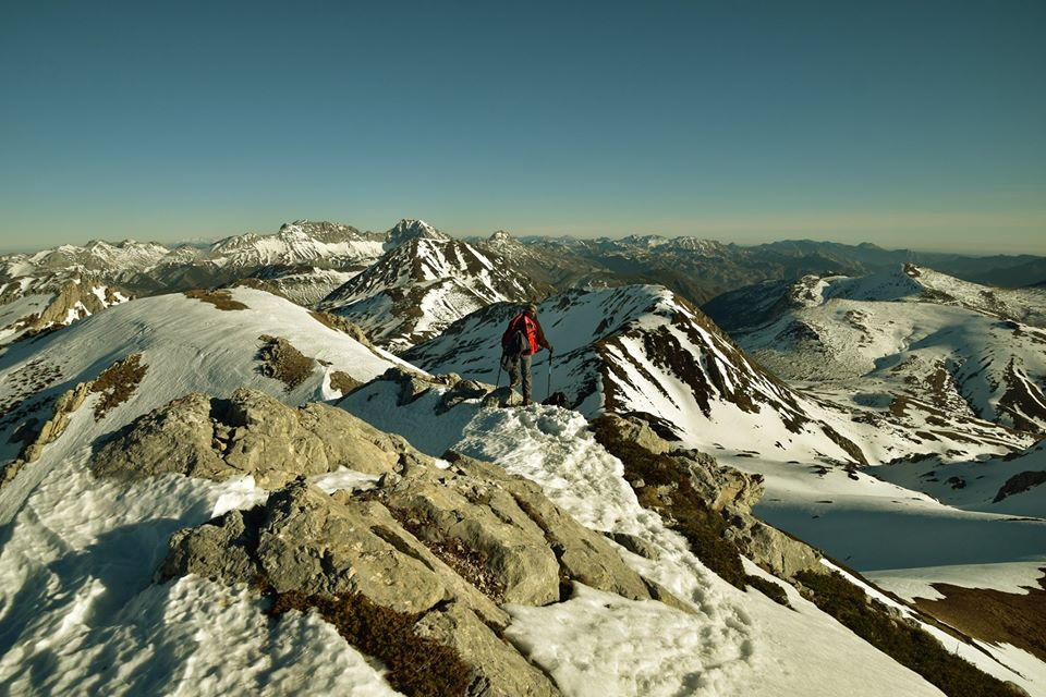 Topic:Deportes de Montaña..Escalada, Senderismo,Barranquismo....... - Página 5 81544110