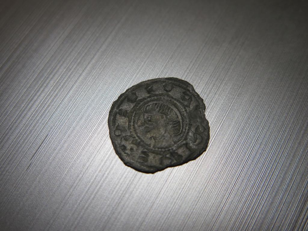 Dinero pepión de Alfonso VIII a Alfonso X Img_3512
