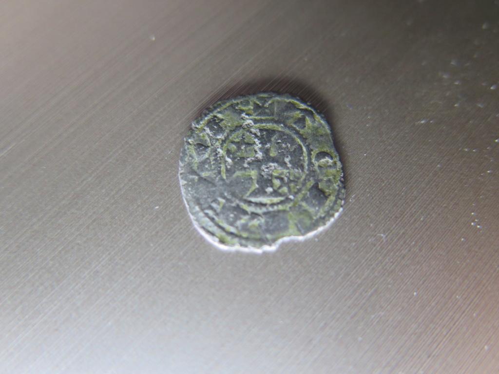 Dinero pepión de Alfonso VIII a Alfonso X Img_3513