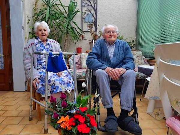 E- LES PLUS LONGS MARIAGES FRANÇAIS - Page 2 Couple38