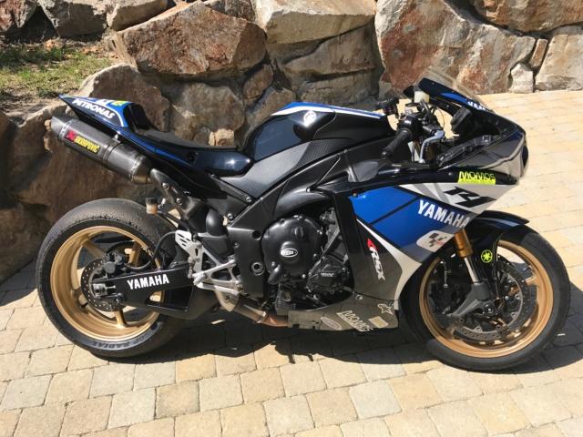 Yamaha R1 2010 6900€ 27000kms Img_3914